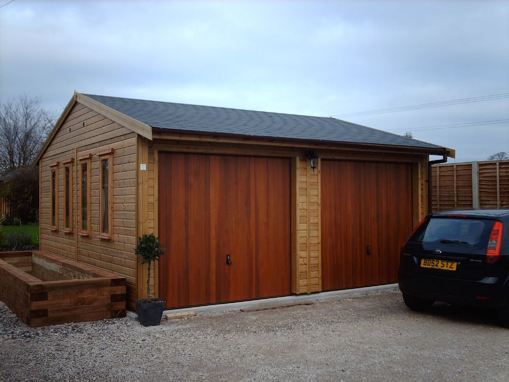 Warwick garages garage building garden office stables for Construction garage double