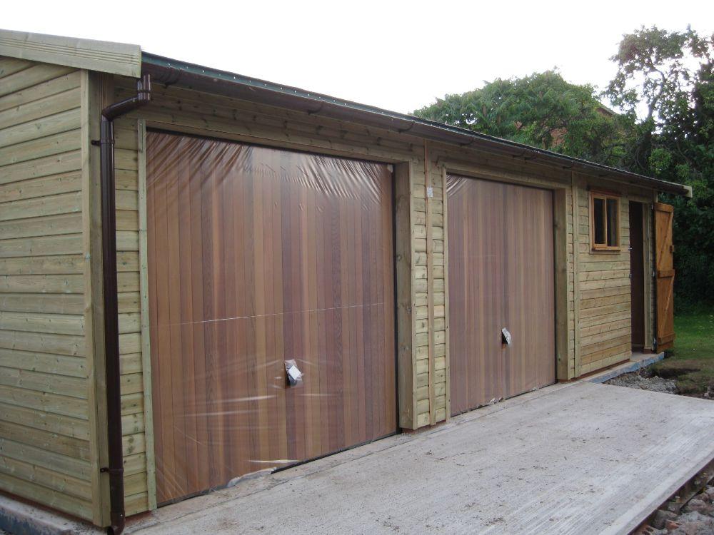 Warwick garages garage building garden office stables for Cedar clad garage doors