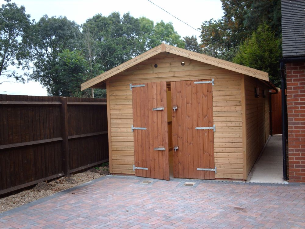 Warwick garages warwick garage timber garages for 18 x 10 garage door