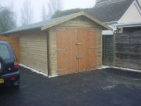 10 x 20 Garage with green felt and standard doors