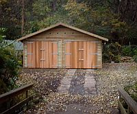 Feather Edge Board Clad Double Garage with a pair of Cedar Barn Style Double Doors